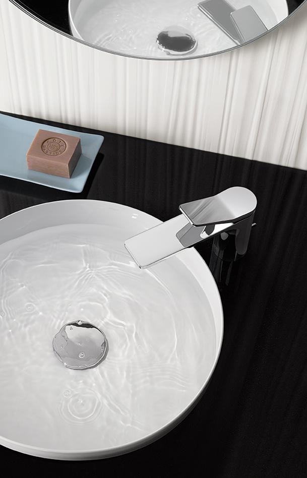 liss designarmatur voller kontraste dbsv. Black Bedroom Furniture Sets. Home Design Ideas