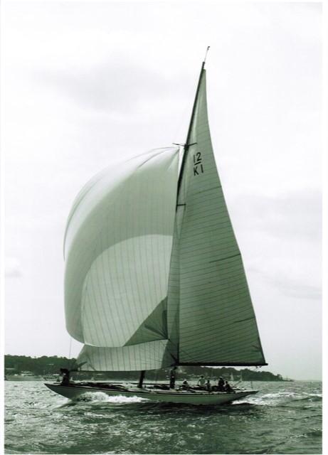 """Der 12er """"Jenetta"""" wurde 1939 von dem schottischen Konstrukteur Alfred Mylne für einen berühmten Segler entworfe"""