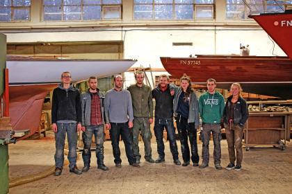 Die junge Werftcrew ist gut ausgelastet. Die Restauration des 75qm-Nationalkreuzers, von A&R 1914 gebaut, war für die Michelsen Werft nahezu ein Neubau.
