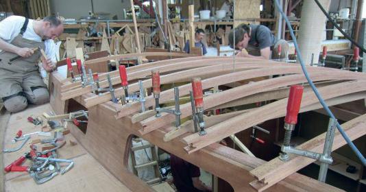 Bootsbauhandwerk: Bau von Scalar-Yachten in der Bootswerft Henningsen und Steckmest an der Schlei.