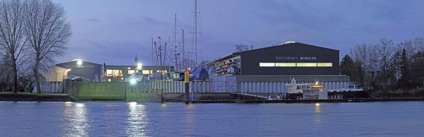 Die neuen Werfthallen der Bootswerft Winkler an der Lesum
