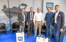 v.l.: Richard Gründl, Torsten Conradi, Eckhard Kaller, Ralf Madert und Dirk Kreidenweiß blicken mit Zuversicht auf die Premiere der Bootsmesse im Norden