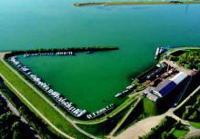 Werft und Yachthafen der Schiffswerft Karcher