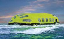 Rettungsboot LiveCraft von VIKING hat Platz für bis zu 203 Personen.