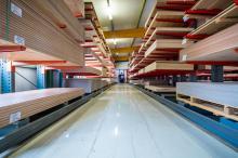 Auf rund 12.000 Quadratmeter Nutzfläche in der Möllner Waldstadt sind Produktion, Lager, Versand und Verwaltung zu finden.