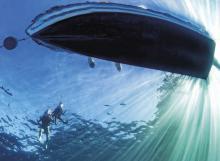 Antifouling - immer wieder ein Thema für das Unterwasserschiff.