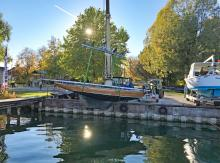 Neben Yachtservice und Winterlager gehört aktuell zum Hauptgeschäft der Traditionswerft der Bau von GFK-Tretbooten, aber auch von Motorbooten mit elektrischem Antrieb.