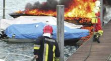 Feuer auf einem Motorboot mit Elektro-Antrieb: Vermutlicher Auslöser: unkorrekter Einbau von Lithium-Ionen Batterien